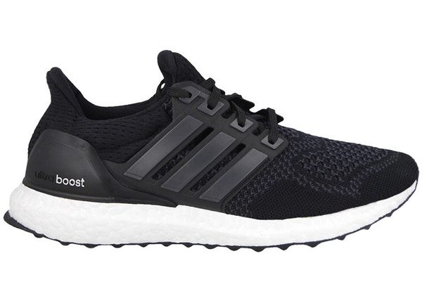 official photos f3fdc b1425 adidas Ultra Boost Core Black (W)