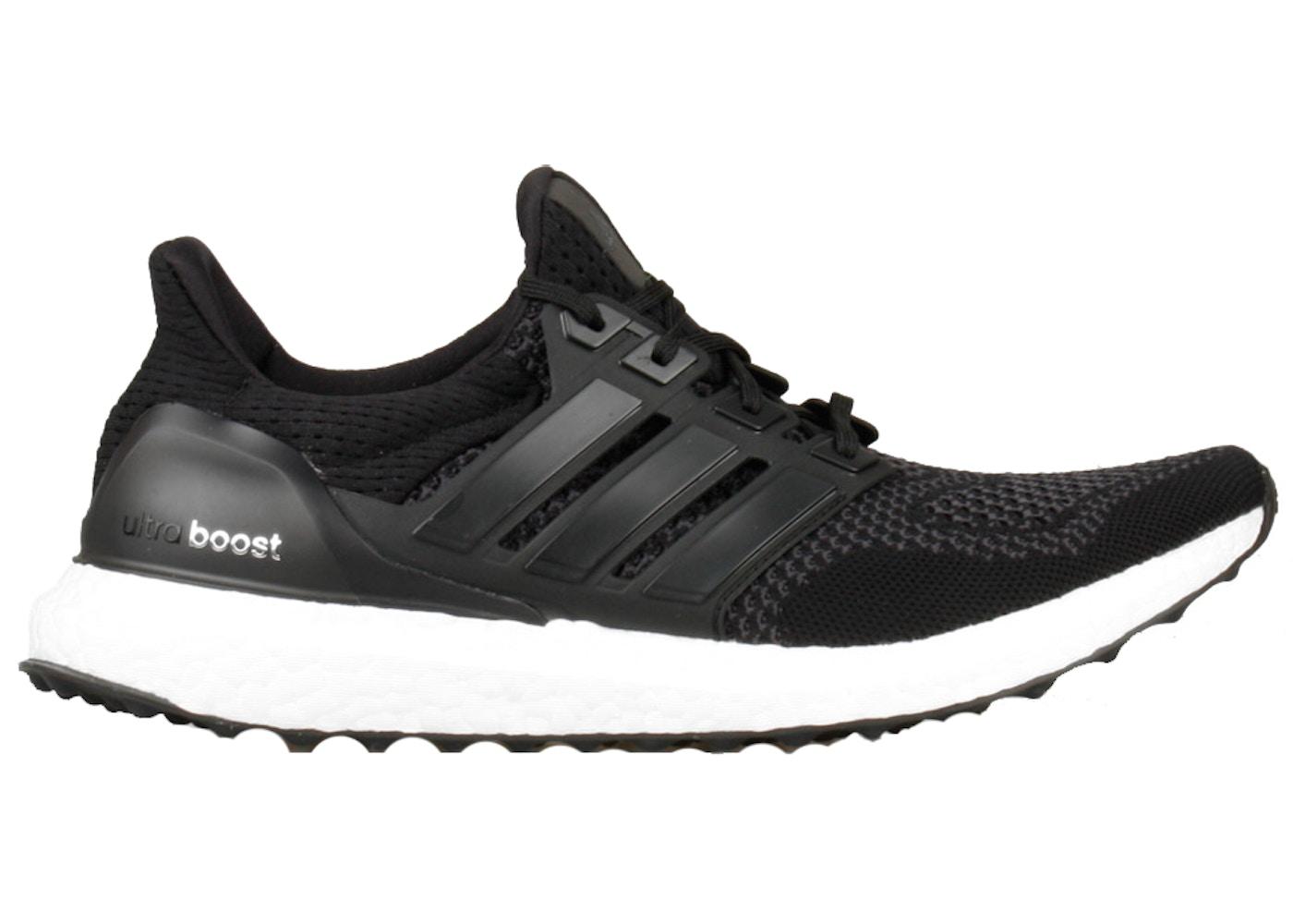 ultra boosts black