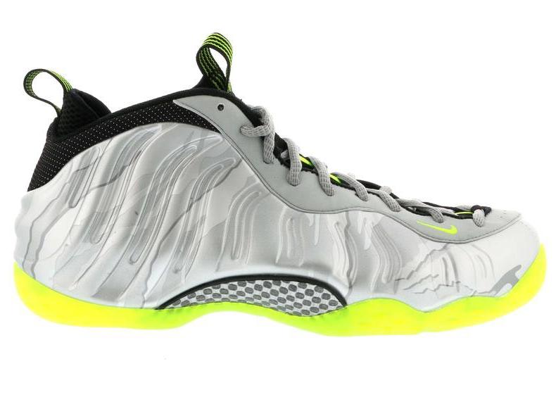 Nike Air Foamposite One Silver Volt