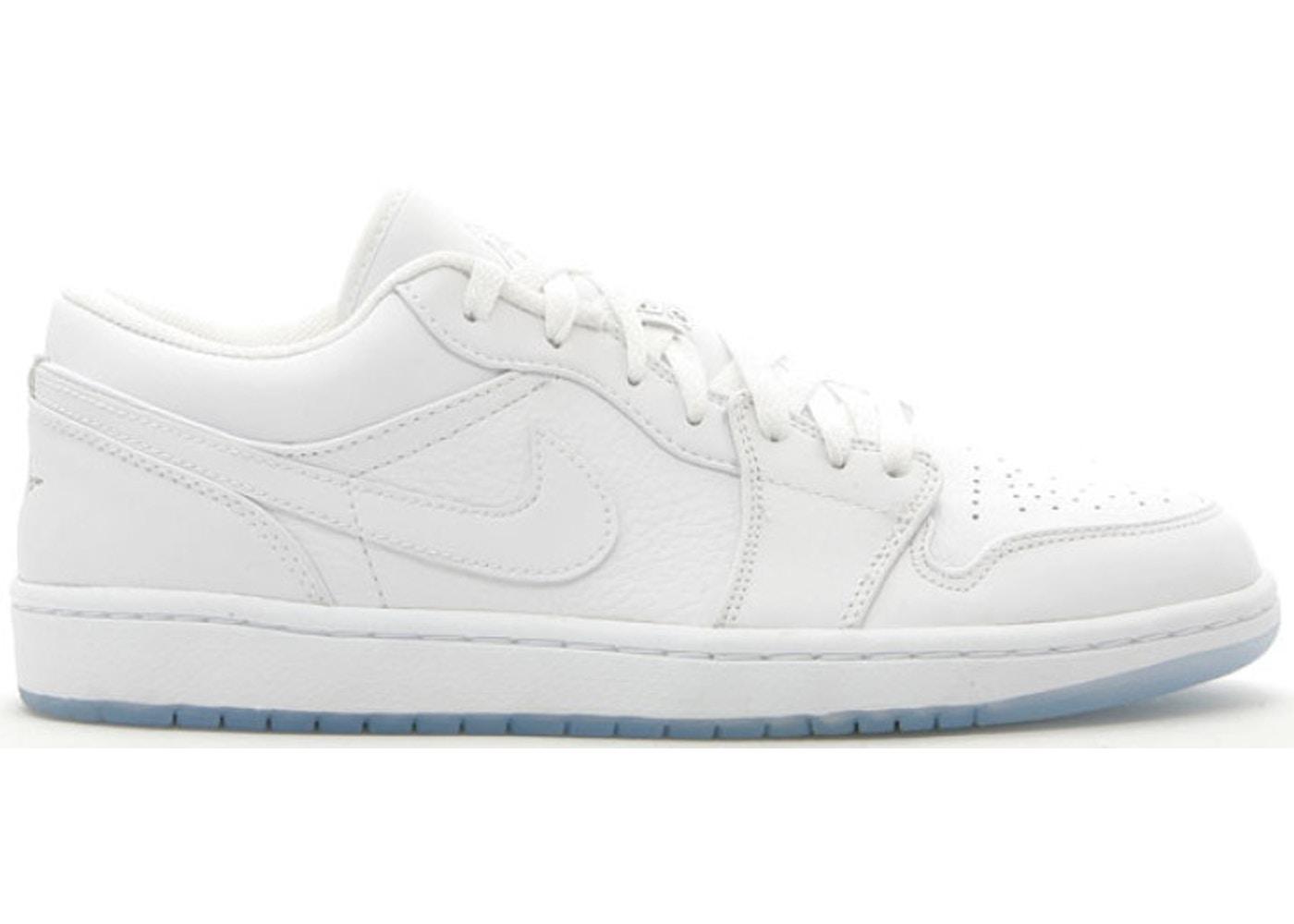 8beae15e0b3 Sell. or Ask. Size: 9.5. View All Bids. Jordan 1 Retro Low White ...