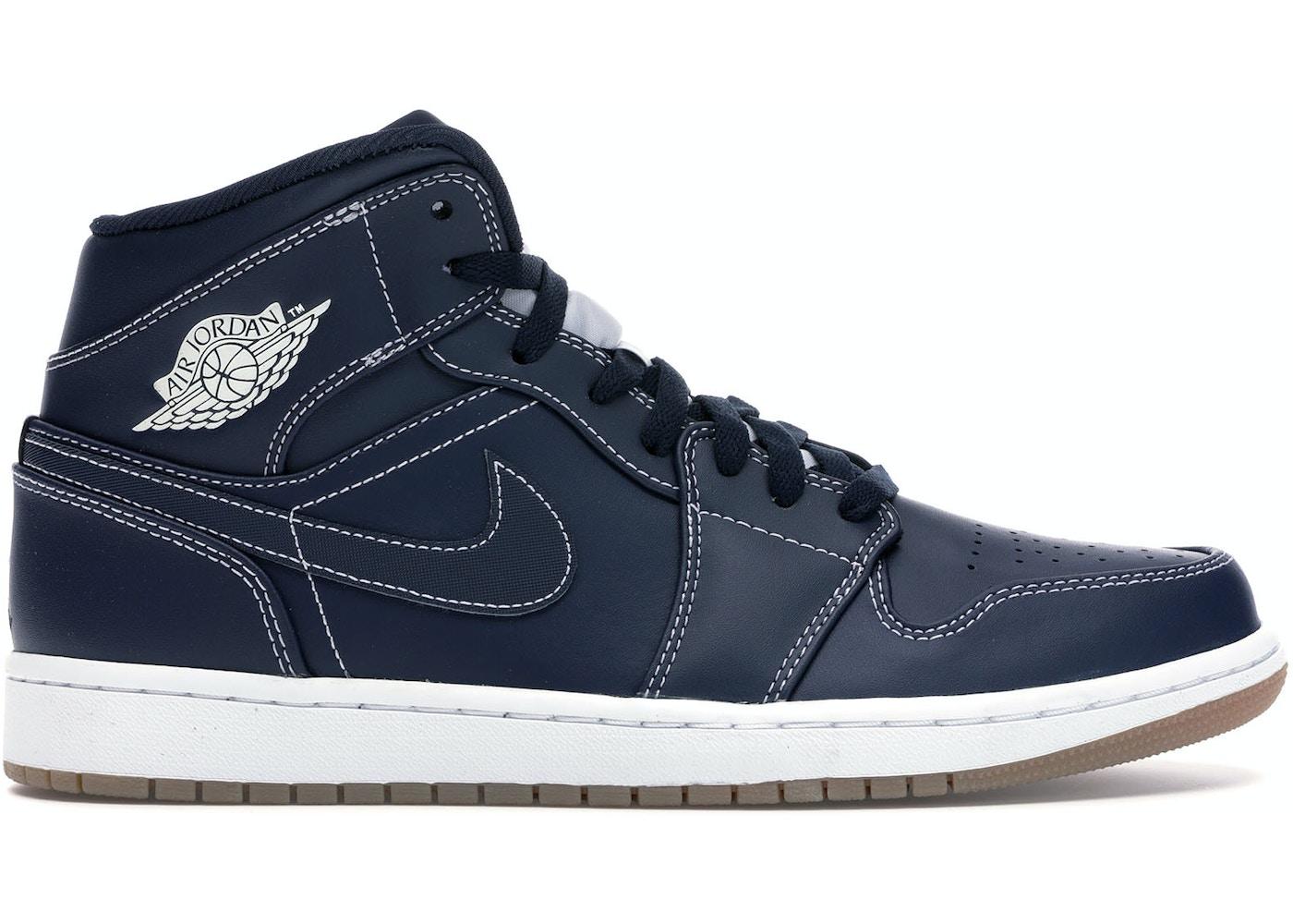 separation shoes 41615 6c3a6 Jordan 1 Retro Mid Derek Jeter RE2PECT