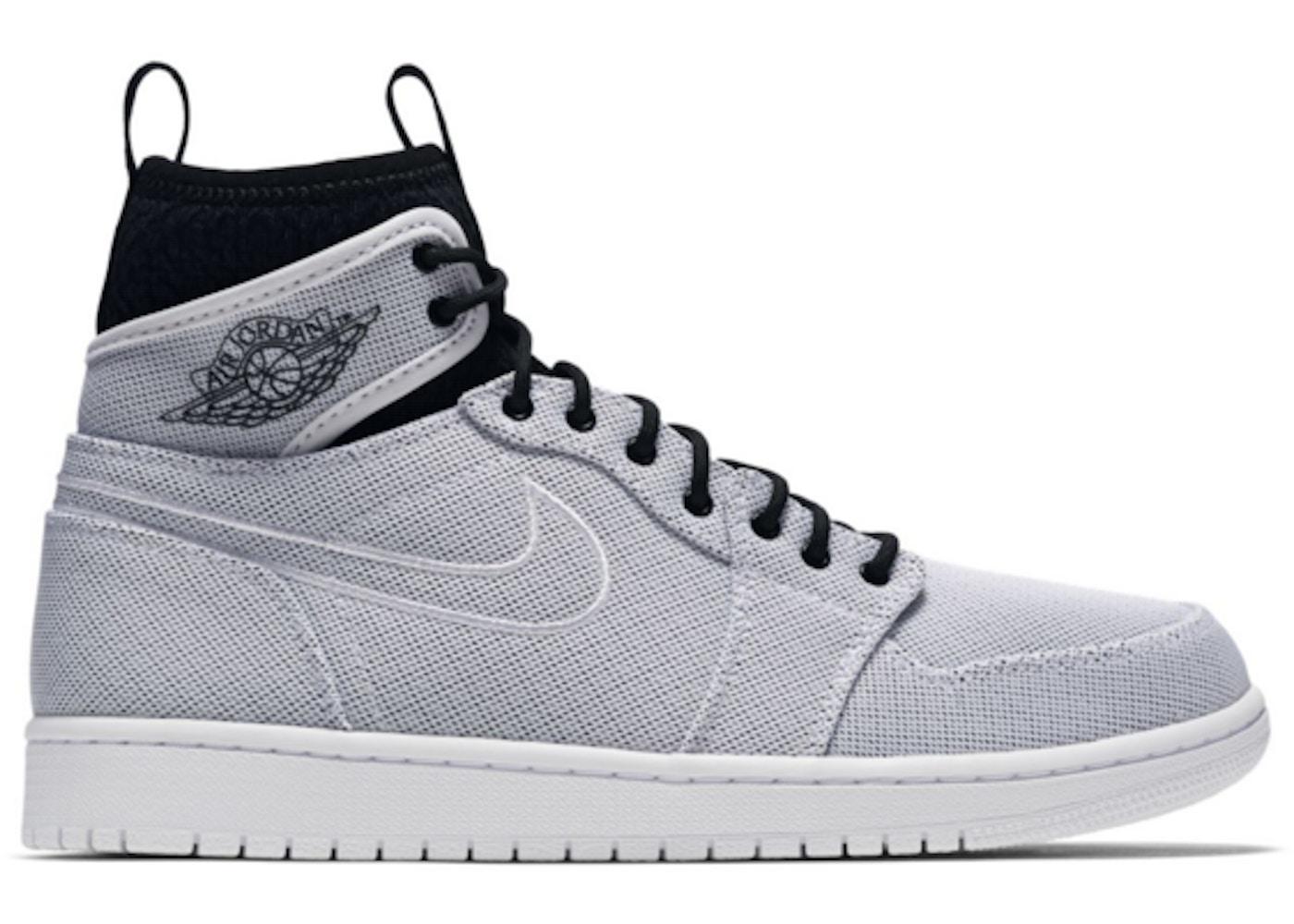 sports shoes 36d6e 59e7c Jordan 1 Retro Ultra High White Black