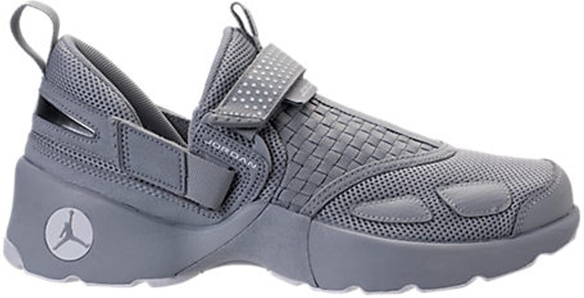 Jordan Trunner LX Wolf Grey