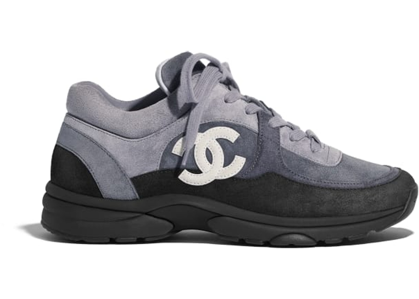 sports shoes ba08e 5ba62 Chanel Low Top Trainer CC Grey