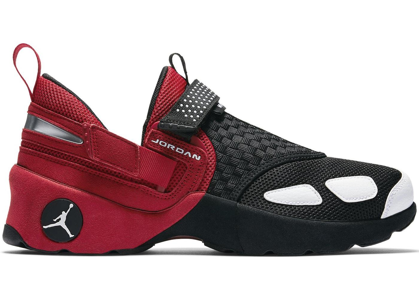 93715890f38eb8 Jordan Trunner LX Black Red (2017) - 905222-001
