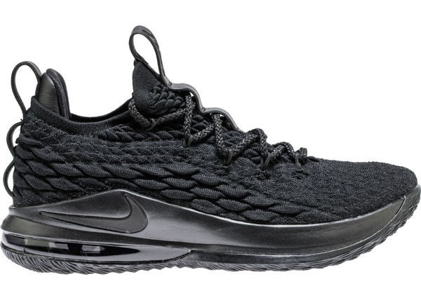 new arrival 3fa4b 43e42 LeBron 15 Low Blackout