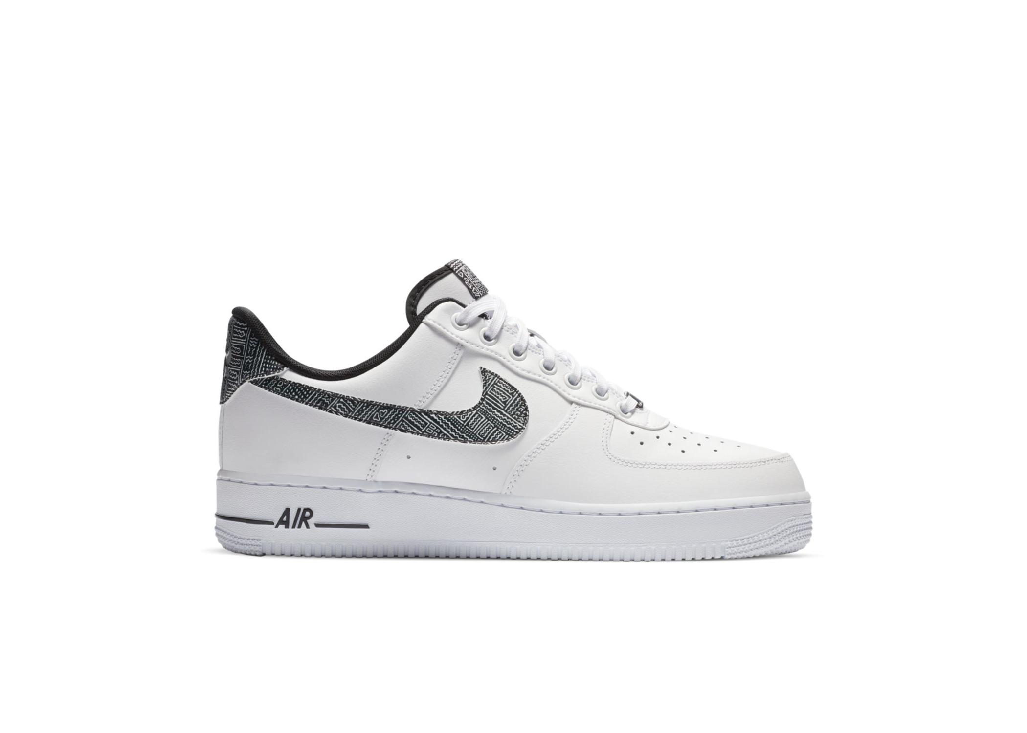 Nike Air Force 1 '07 White Metallic