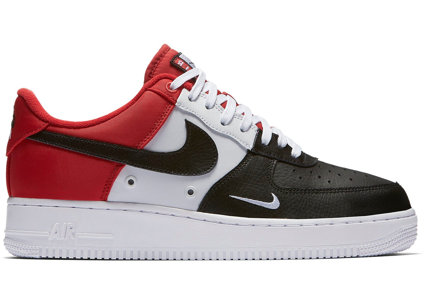 Nike Air Force 1 Low Black Toe Mini Swoosh 823511 603