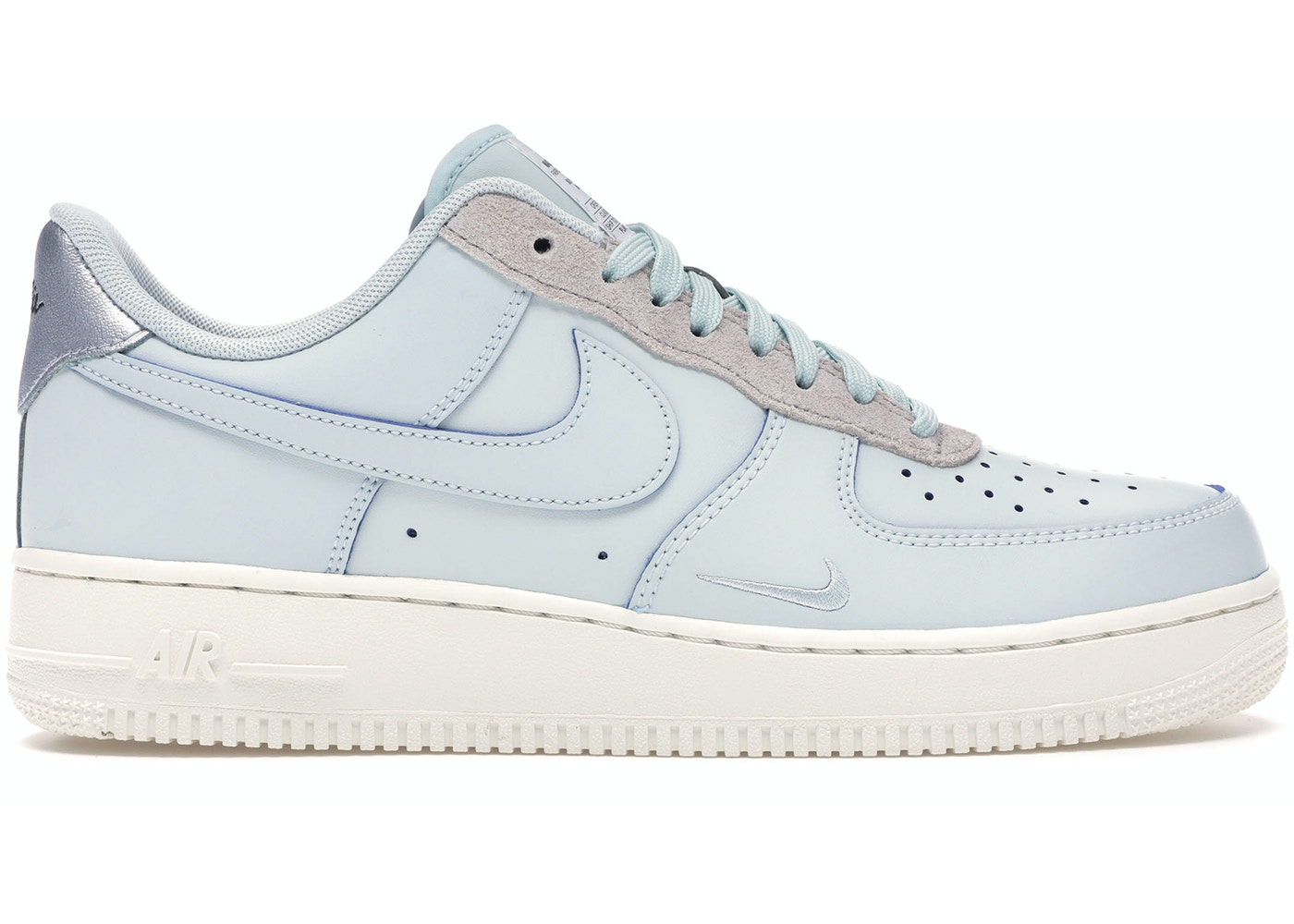check out 1de94 ee4bb Air Force 1 Low Devin Booker