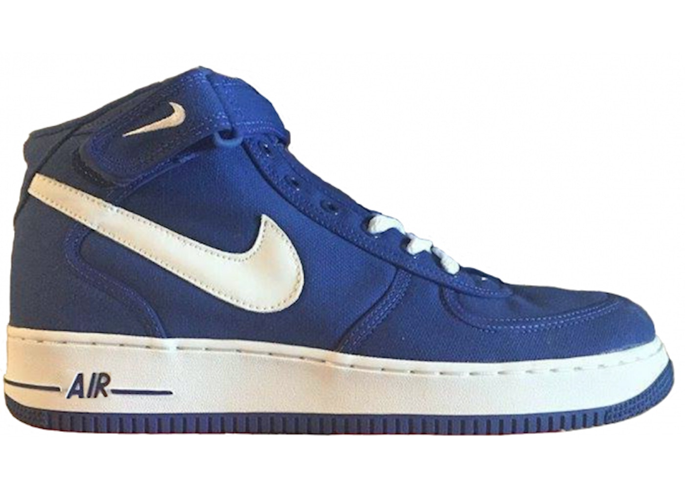 save off 402cc 92d52 Sell. or Ask. Size --. View All Bids. Air Force 1 Mid Canvas Sport Royal