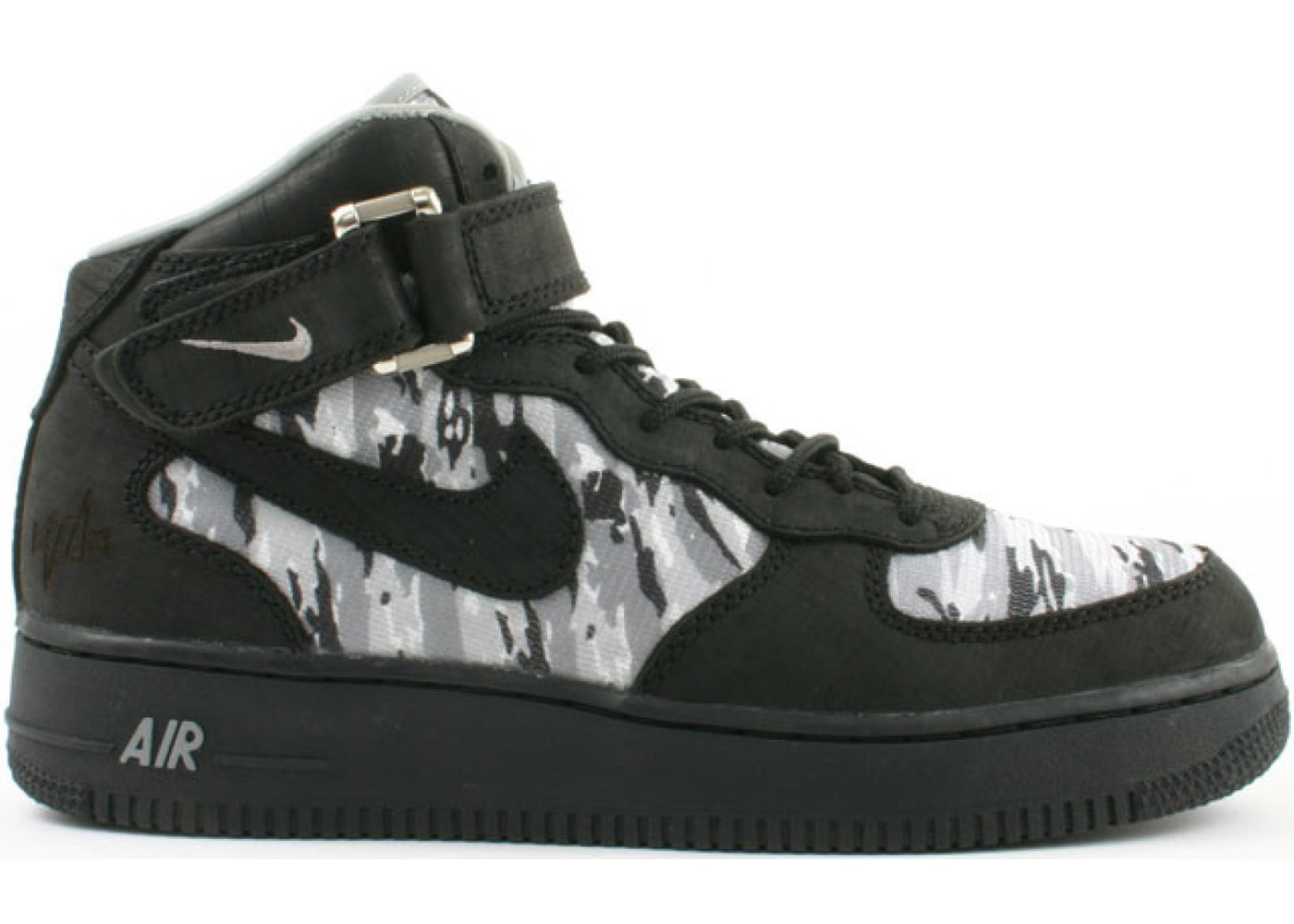 size 40 fcdb5 e3cb2 Sell. or Ask. Size 9.5. View All Bids. Air Force 1 Mid Nort Recon