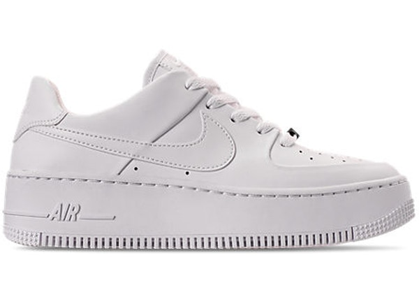 super popular 9e713 c3c18 Air Force 1 Sage Low Triple White (W)