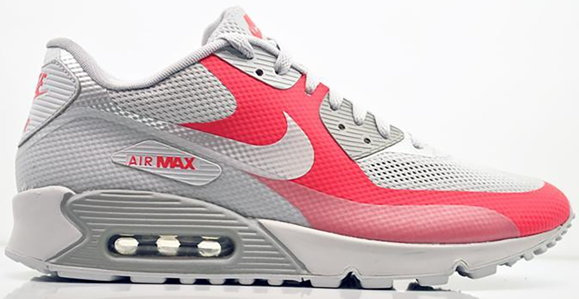solar red air max hyperfuse