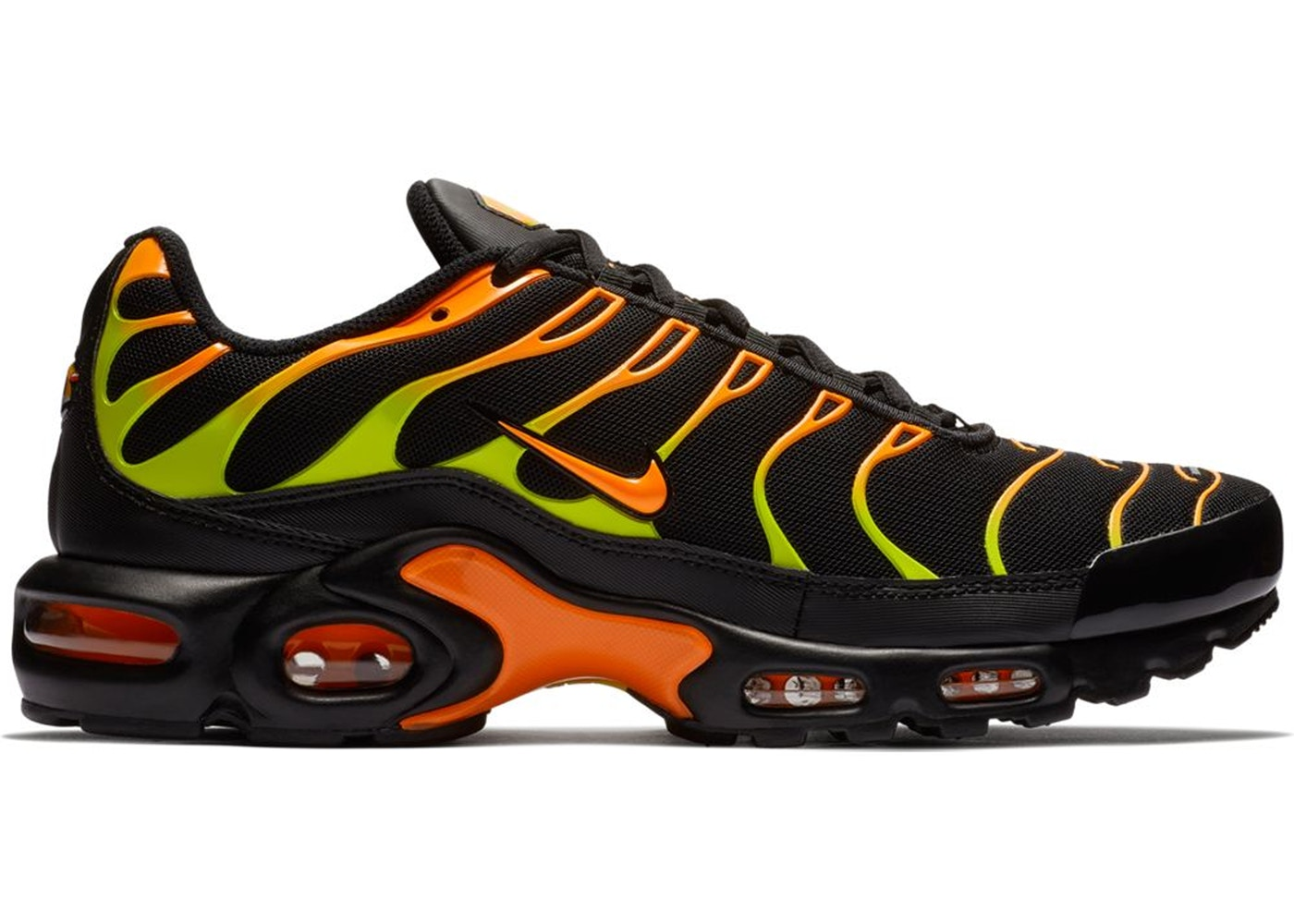 quality design c6bd9 9b6a3 Air Max Plus Black Volt Total Orange