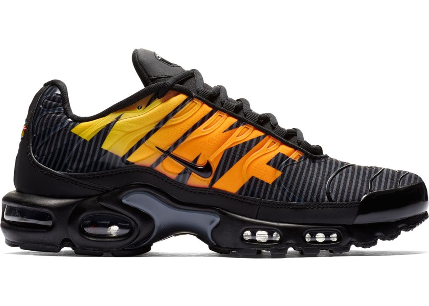 arrives d6c7d ece11 Air Max Plus Mercurial Black Orange