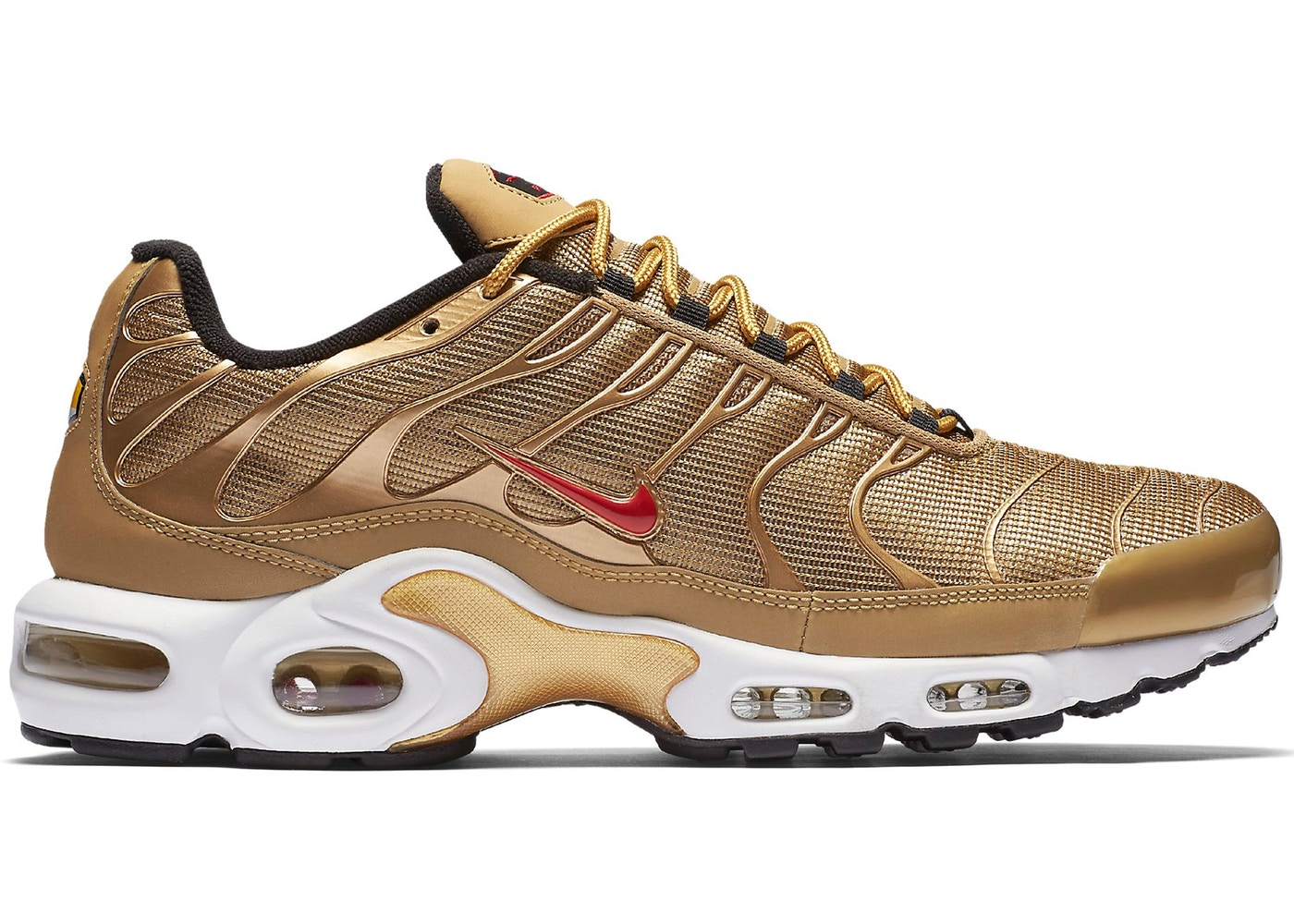 classic fit lace up in amazon Air Max Plus Metallic Gold