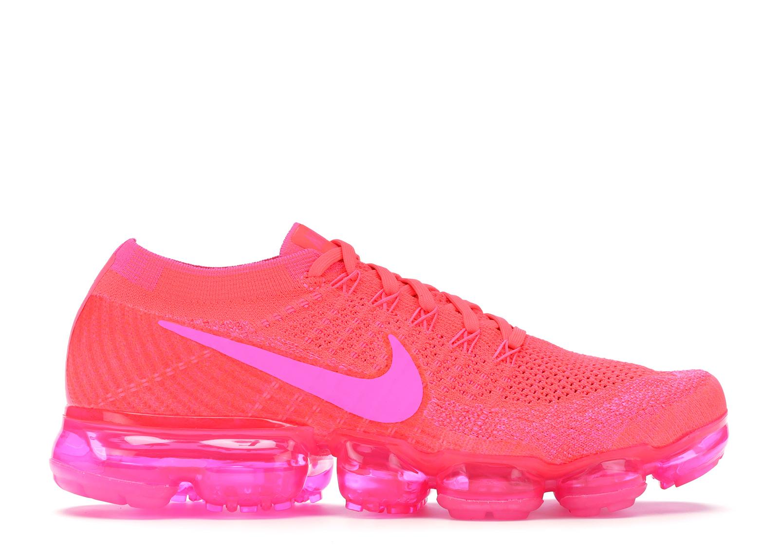 womens pink vapormax