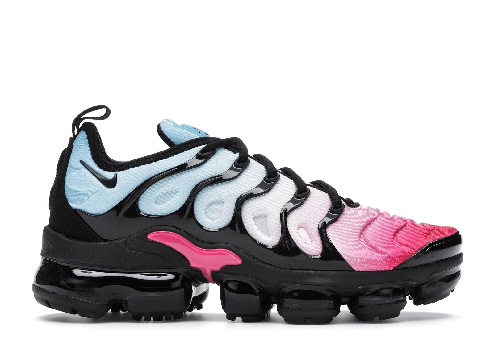 pink vapormax plus