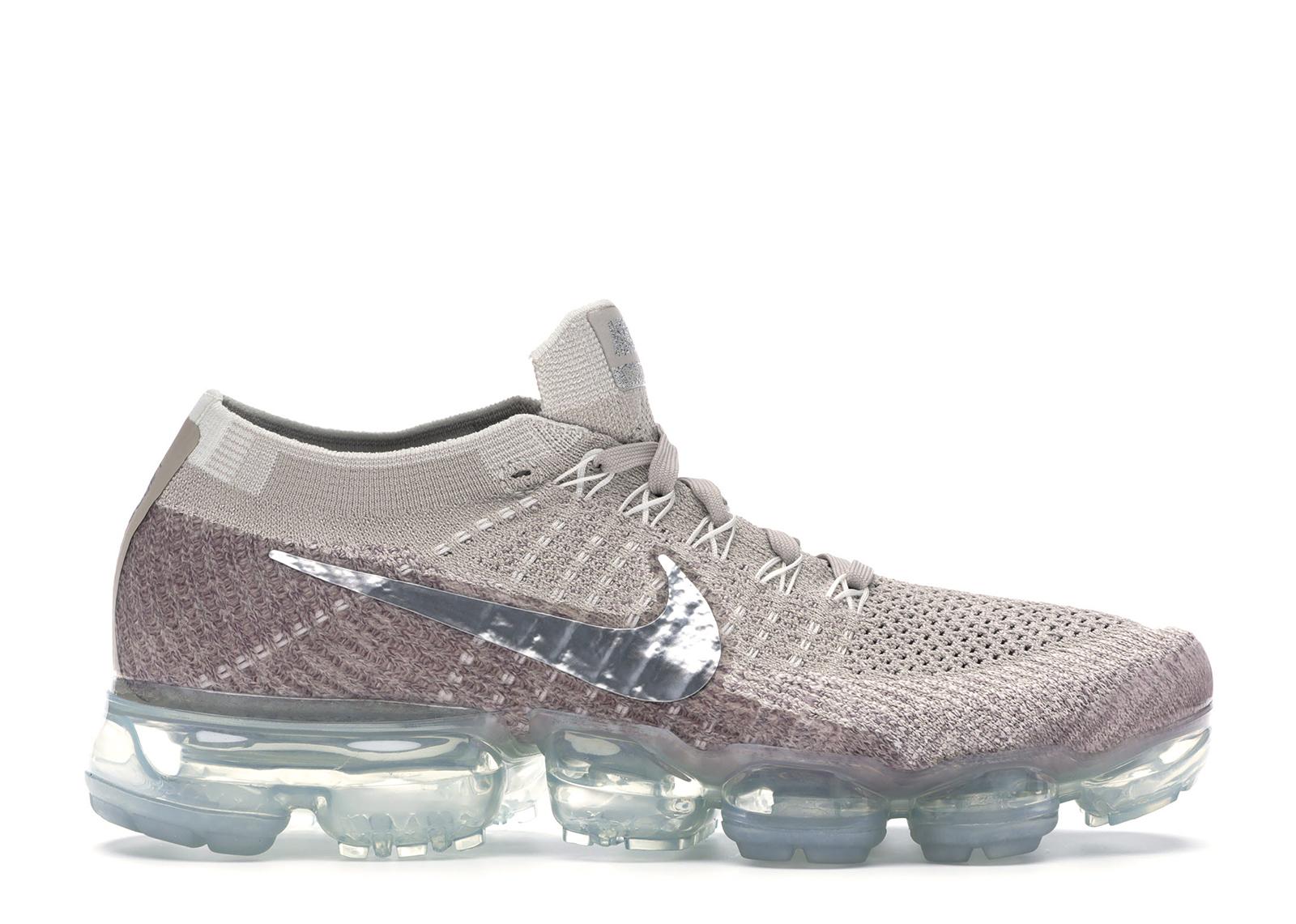Nike Air VaporMax String (W) - 849557-202