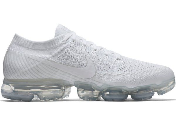 White Nike Vapormax