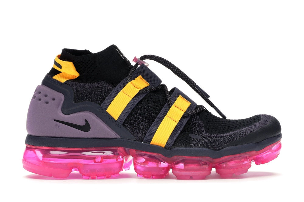 vapormax pink and black