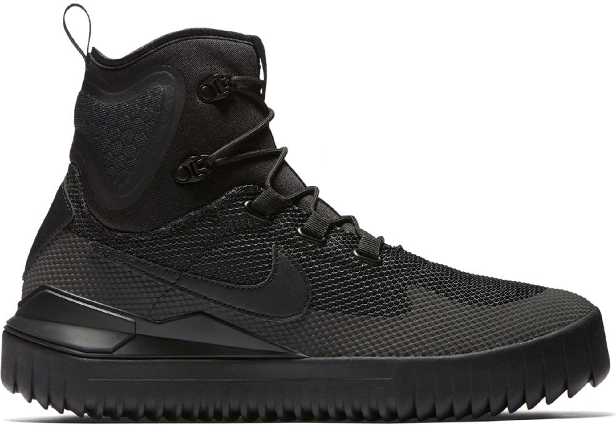 Nike Air Wild Mid Triple Black - 916819-001