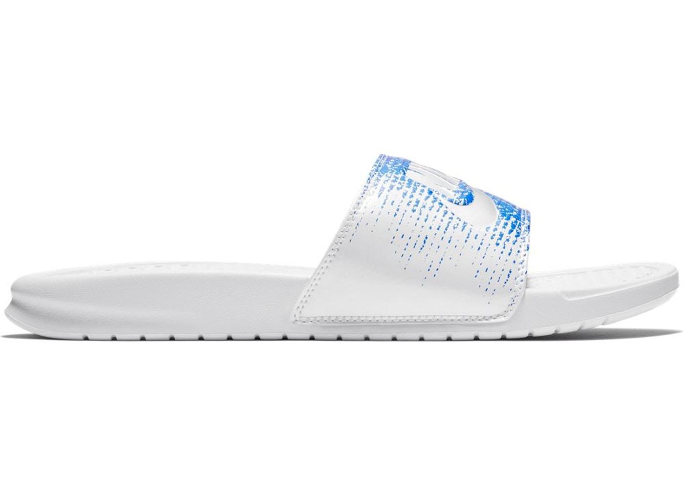 0798bd2635a9 Nike Benassi USA - AQ7983-100