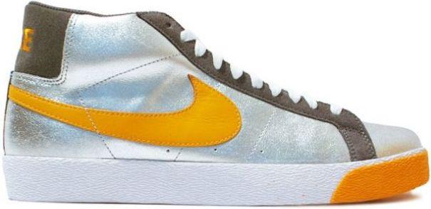 Nike SB Blazer Independent Trucks Company Sneakers (Medium Grey/Shock Orange)