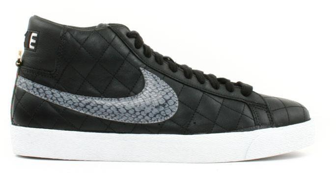 Nike SB Blazer Supreme Black (2006)