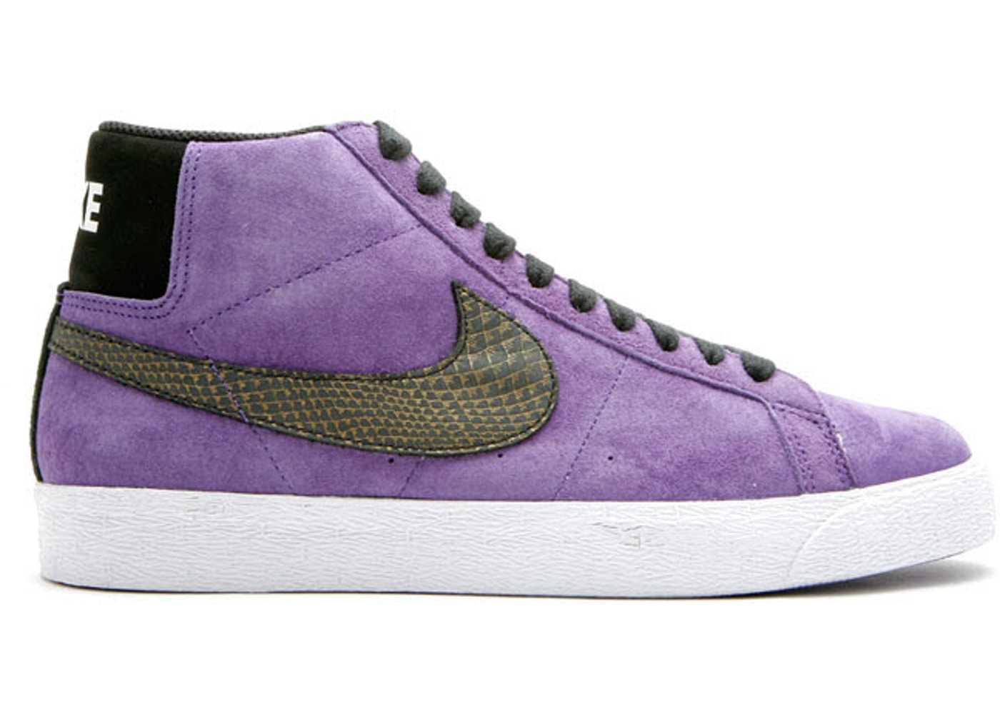 the latest 42b65 8eba6 Nike SB Blazer Varsity Purple