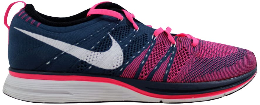 ef110b6c427d5 ... sale nike flyknit trainer squadron blue white pink flash e4043 0ec7f