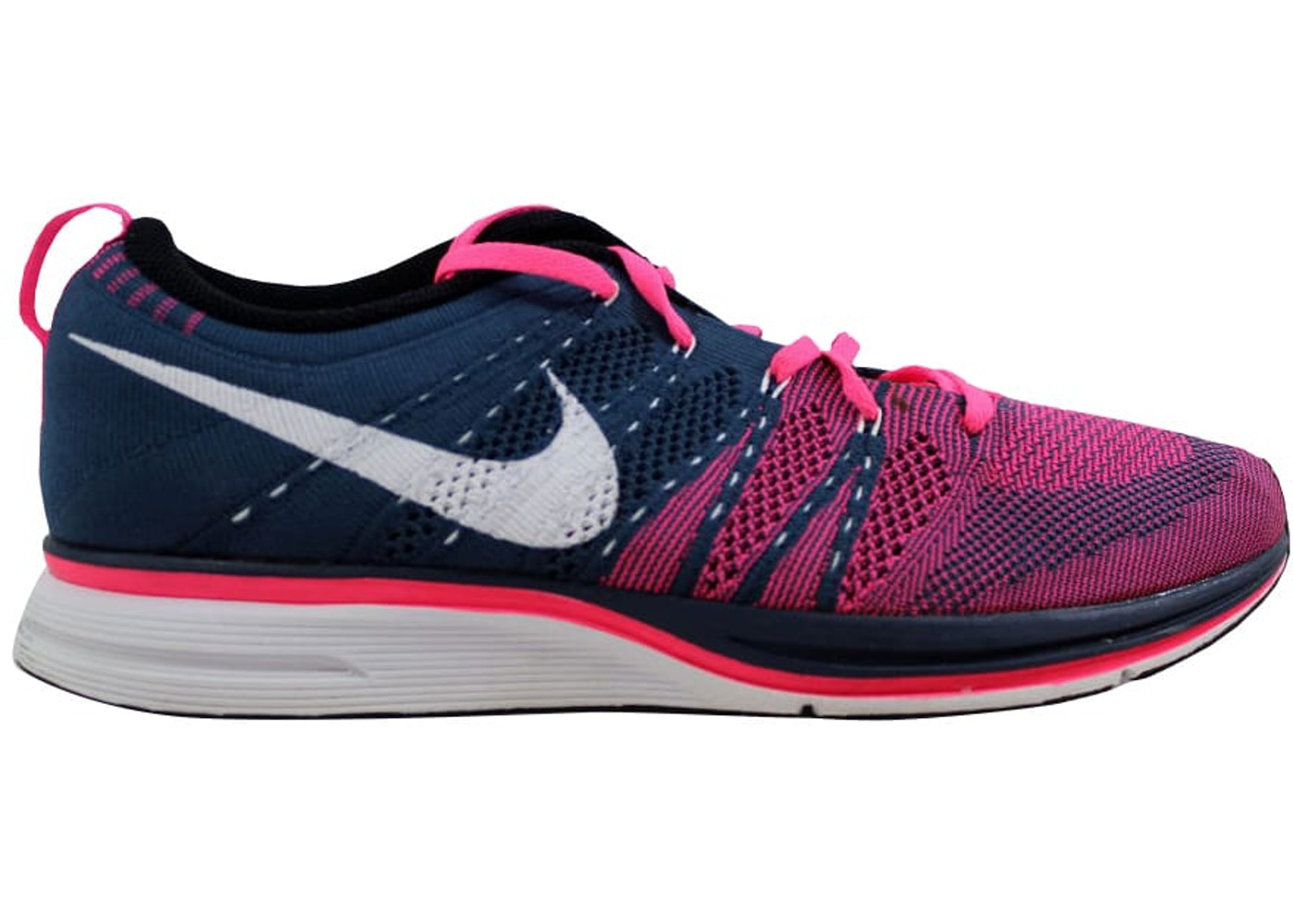 official photos f3a01 17d3d Nike Flyknit Trainer + Squadron Blue White-Pink Flash - 532984-416