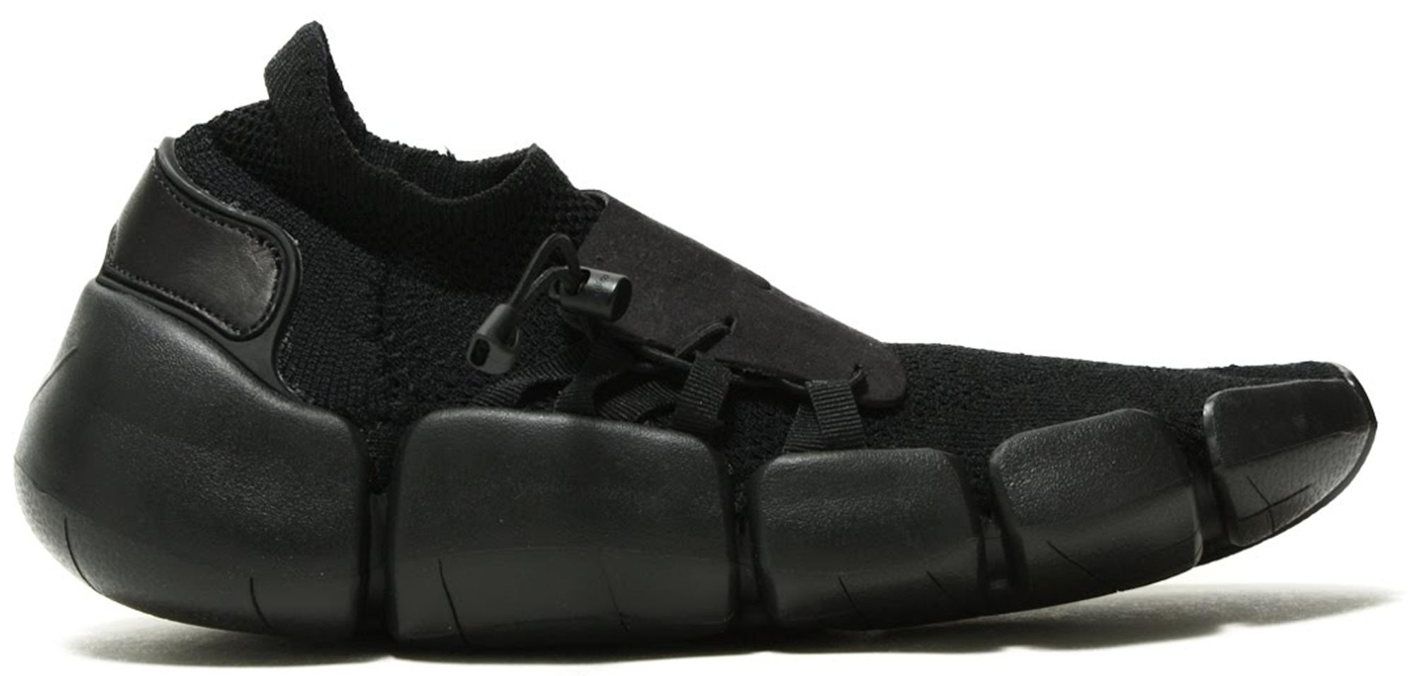 Nike Footscape Flyknit DM Triple Black