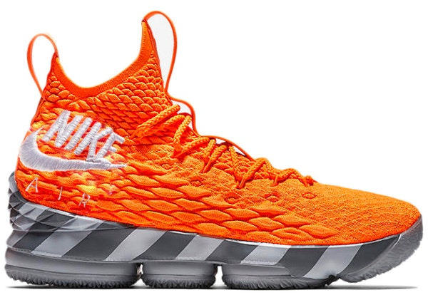 aefa68dd31ccd LeBron 15 Orange Box (House of Hoops Special Box and Accessories)