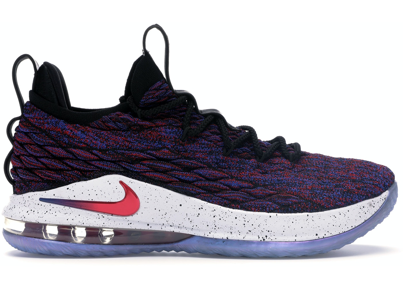 official photos daf3c 736f8 LeBron 15 Low Supernova