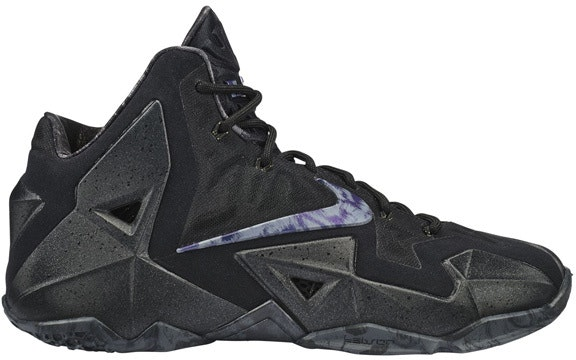 LeBron 11 Blackout
