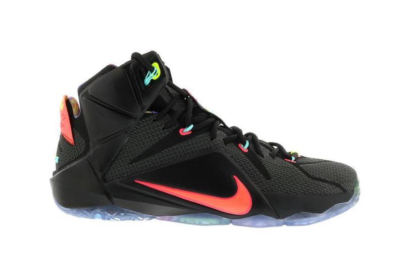 Nike LeBron 12 Data - 684593-068