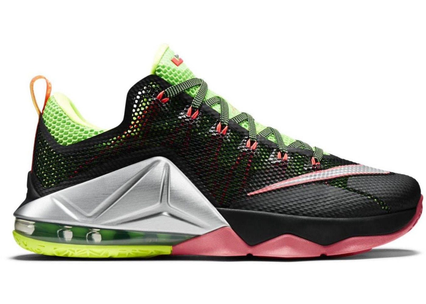 d4b5bb0f789a LeBron 12 Low Remix - 724557-003