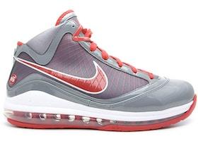 27043425f975b Nike LeBron 7 Shoes - Price Premium