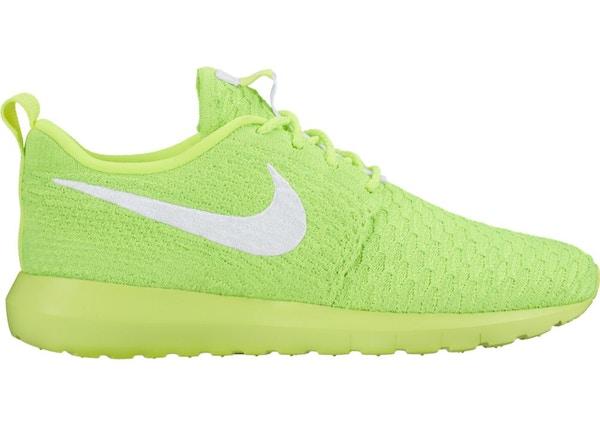 3f70d8123aff Nike Roshe NM Flyknit Volt (W) - 843386-701