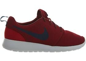 best service e56c6 1f182 Nike Roshe One Red Crush Midnight Navy