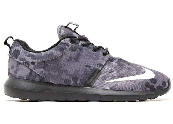 new style 8e9a0 07c9e Nike Roshe Run Dark Grey Camo - 685196-001