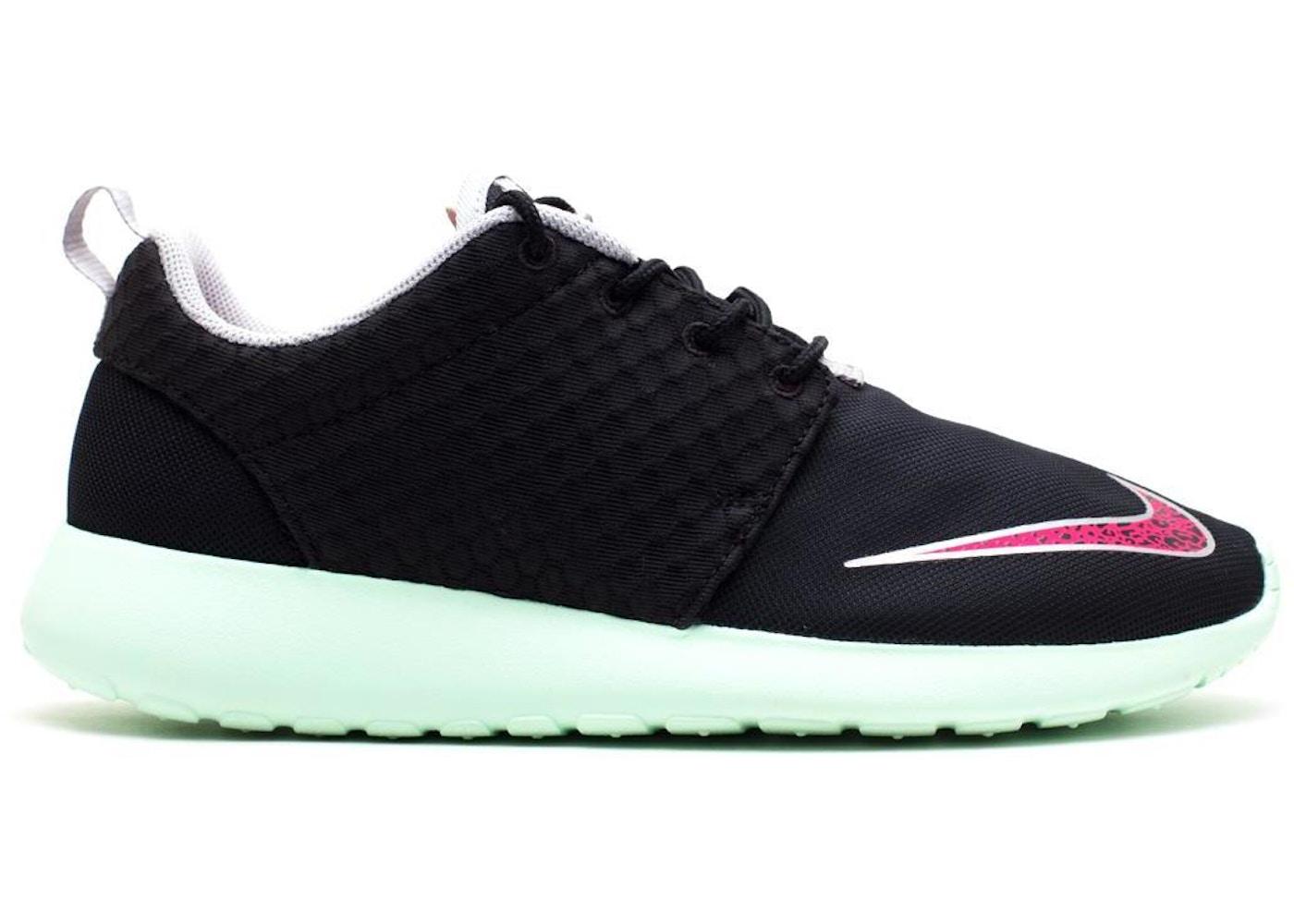 c808cb081144 Nike Roshe Run FB Yeezy - 580573-063