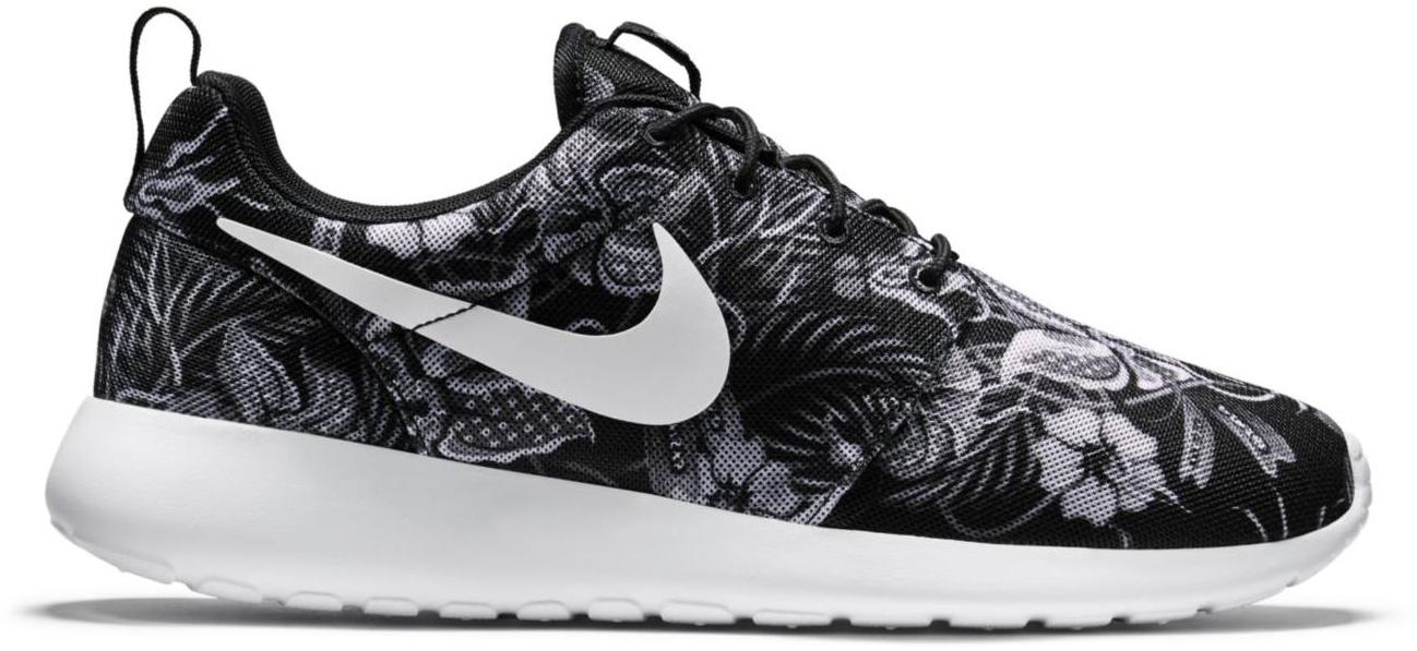 Noir Nike Roshe Course Floral