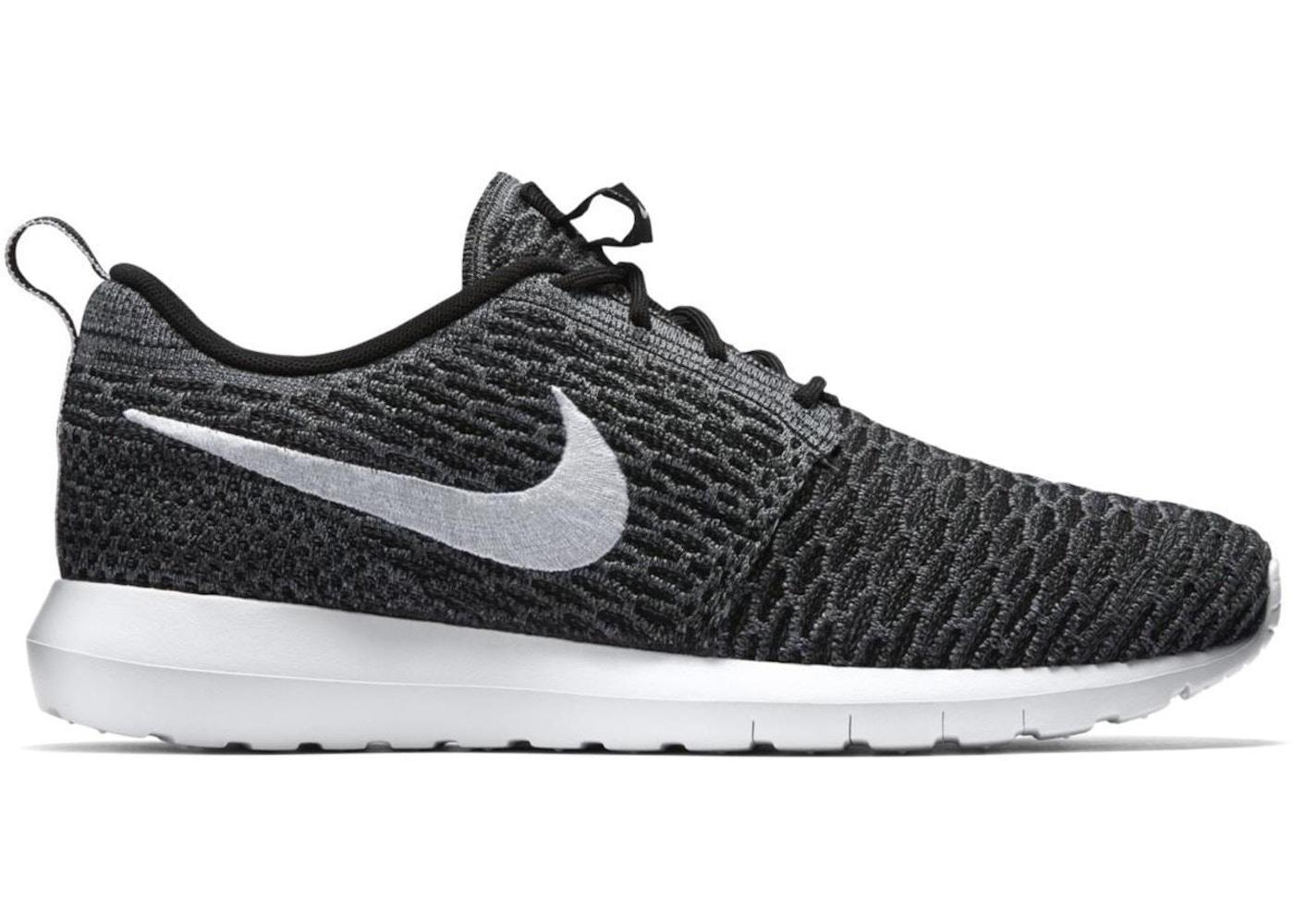 regarder 9007b 61c21 Nike Roshe Run Flyknit Dark Grey