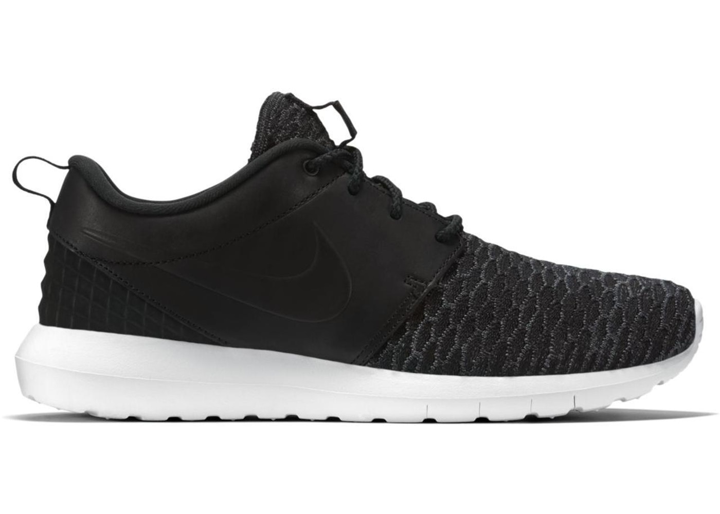 new product a8a09 16f4a Sell. or Ask. Size  10. View All Bids. Nike Roshe Run Flyknit PRM Black  White