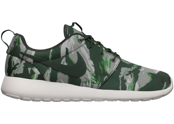 0bcd421886 Nike Roshe Run Green Tiger Camo - 555445-331