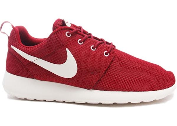 chaussures de sport 6c5cb 38642 Nike Roshe Run Team Red