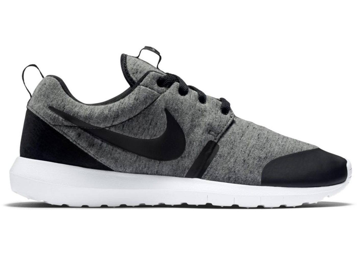 quality design 9439f f20ed Nike Roshe Run Tech Fleece Cool Grey