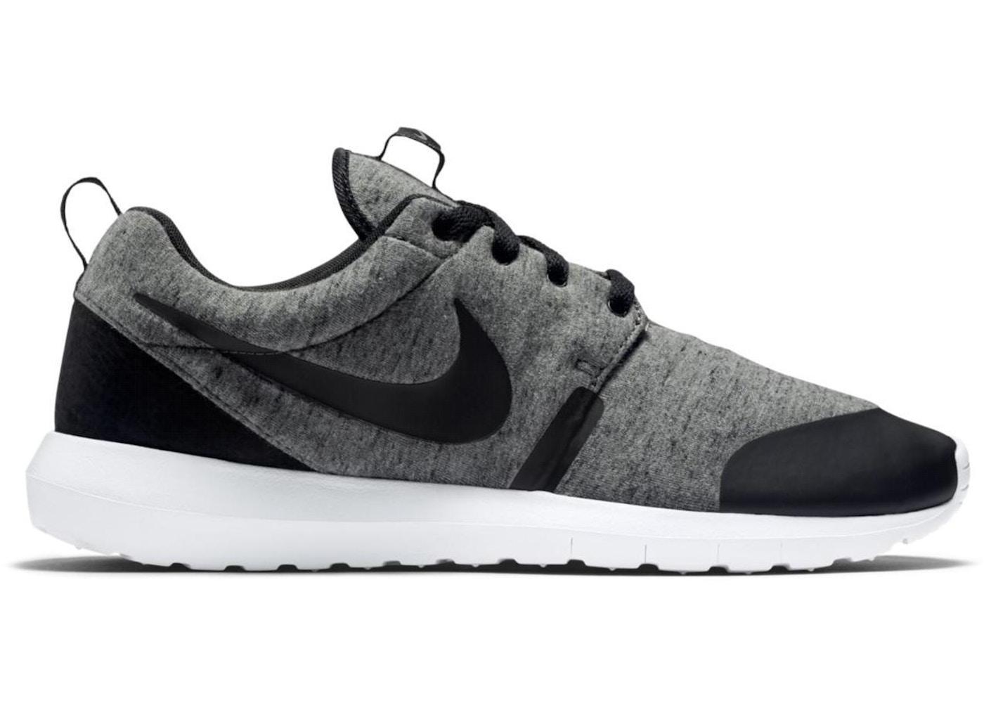 quality design e201f aa537 Nike Roshe Run Tech Fleece Cool Grey